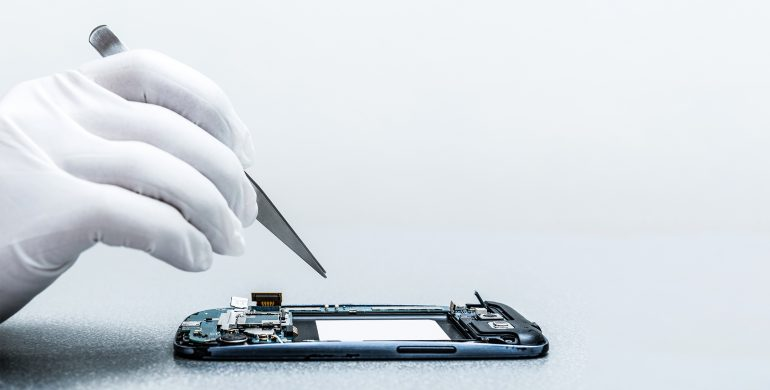 Damaged phone? Go for an online mobile repair!